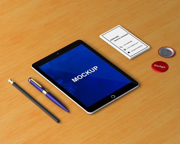 Free PSD Tablet mockup with Pen and Pencil