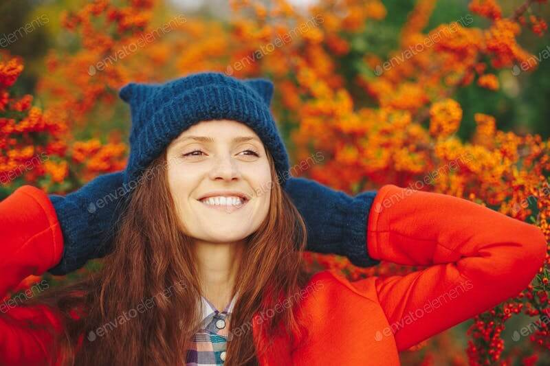 A Stylish Model Wearing A Blue Colored WinterBeanies PSD Template