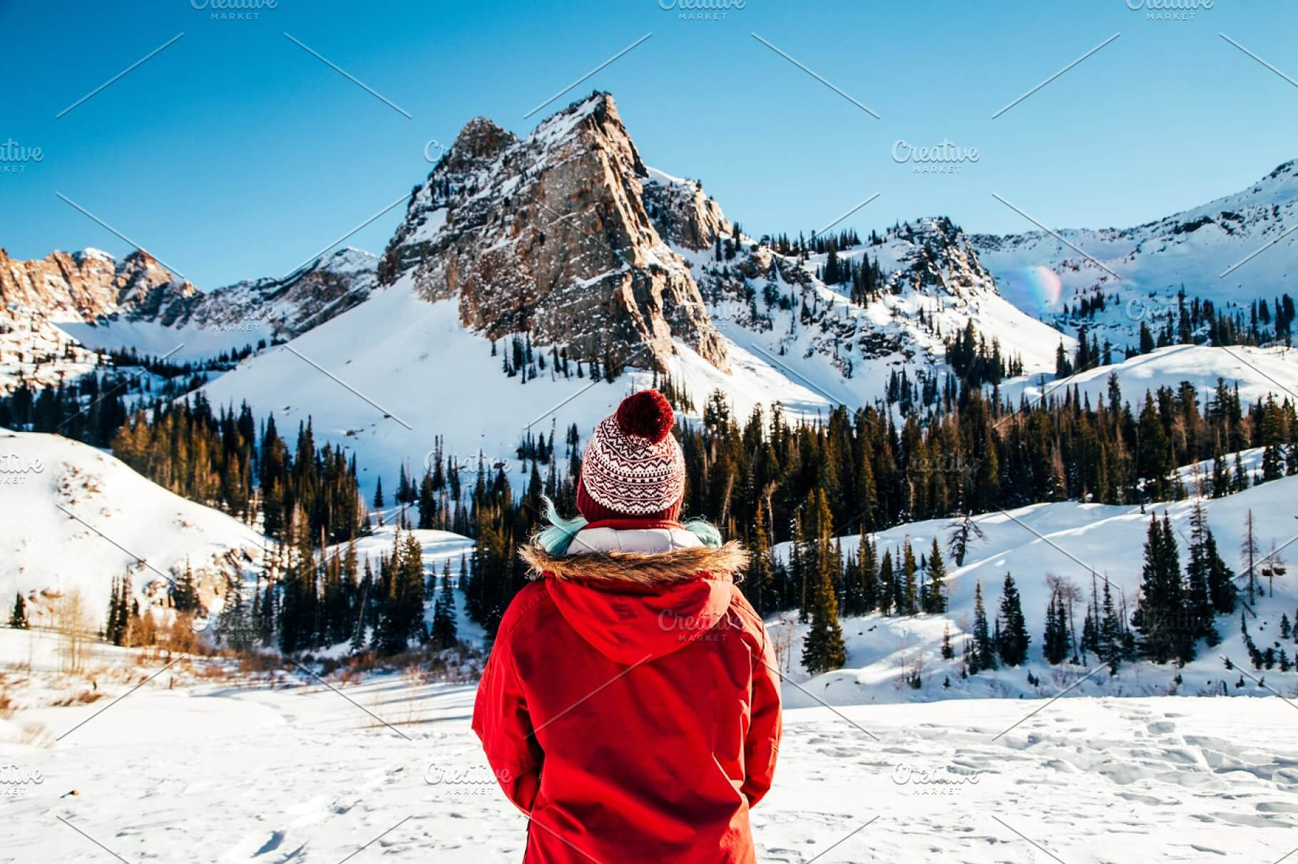 A Women Standing In Front Of The Mountain Mockup