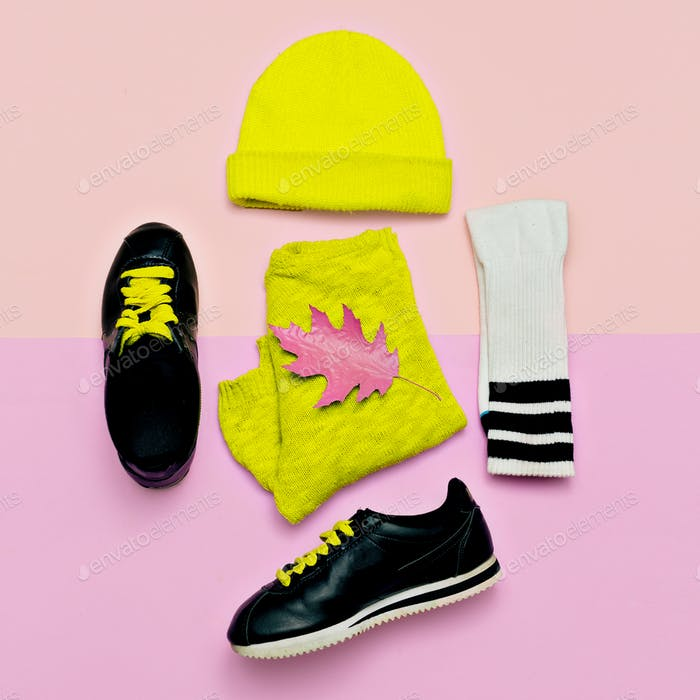 A Yellow ColoredBeanie Is Placed With Some Other Accessories PSD Template