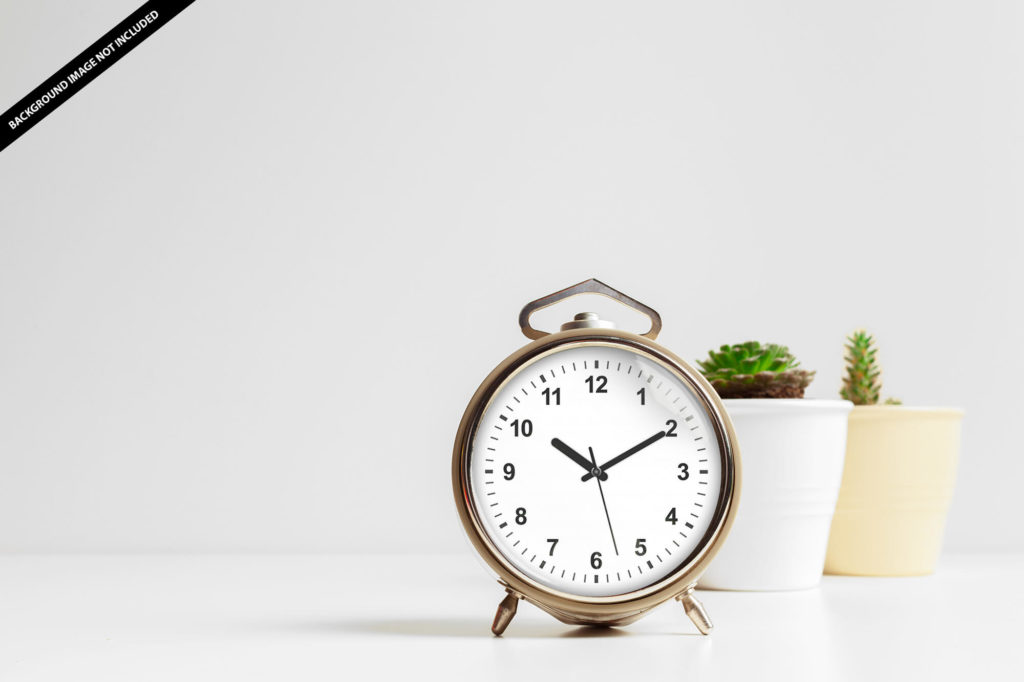 Free Rounded Table Clock Mockup PSD Template