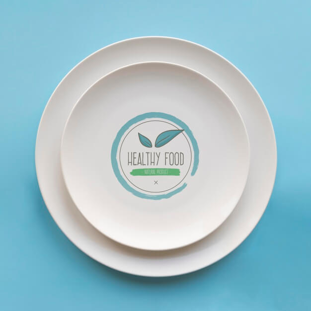 Top view of simple plates Free Psd