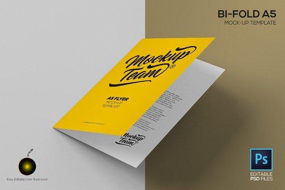 Bi-Fold A5 Flyer Mockup