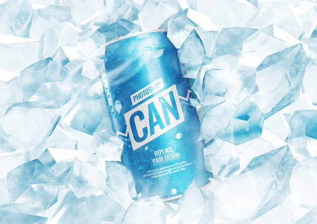 Soda can mockup with ice cubes Premium Psd
