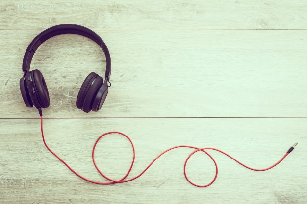Free Headphone For Listening Audio Mockup.