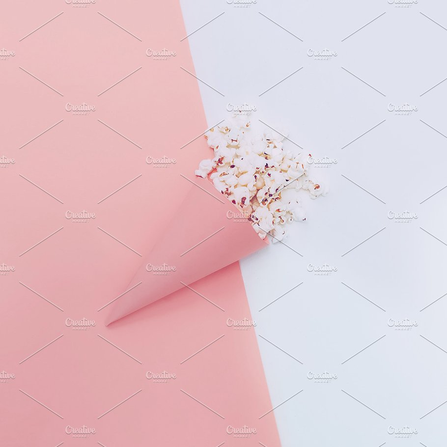 Paper Cone containing Popcorn PSD