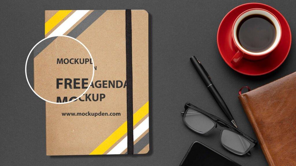 Close Up Of a Free Agenda Mockup PSD Template