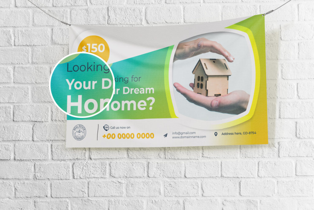 Close Up Of a Free Canvas Banner Mockup PSD Template