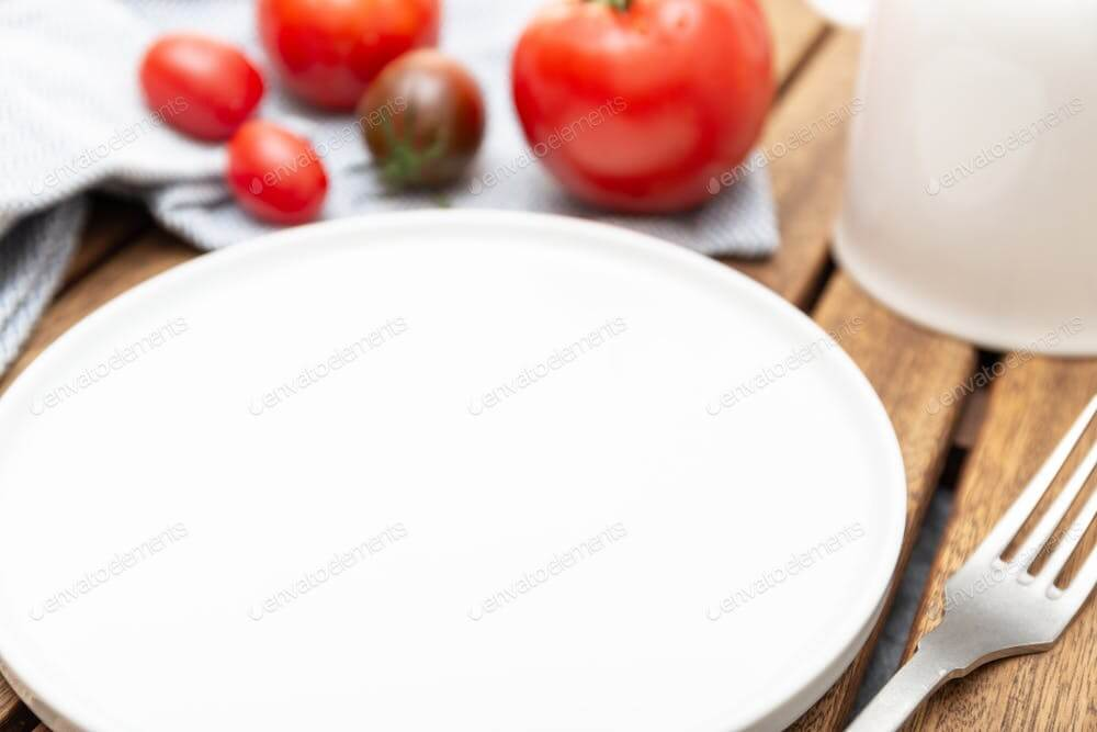 Empty plate mockup. Cuisine background (1)