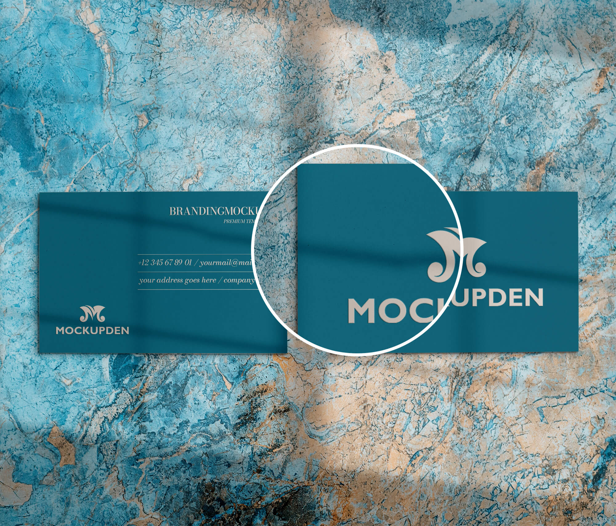 Close Up Of a Free Calling Card Mockup PSD Template