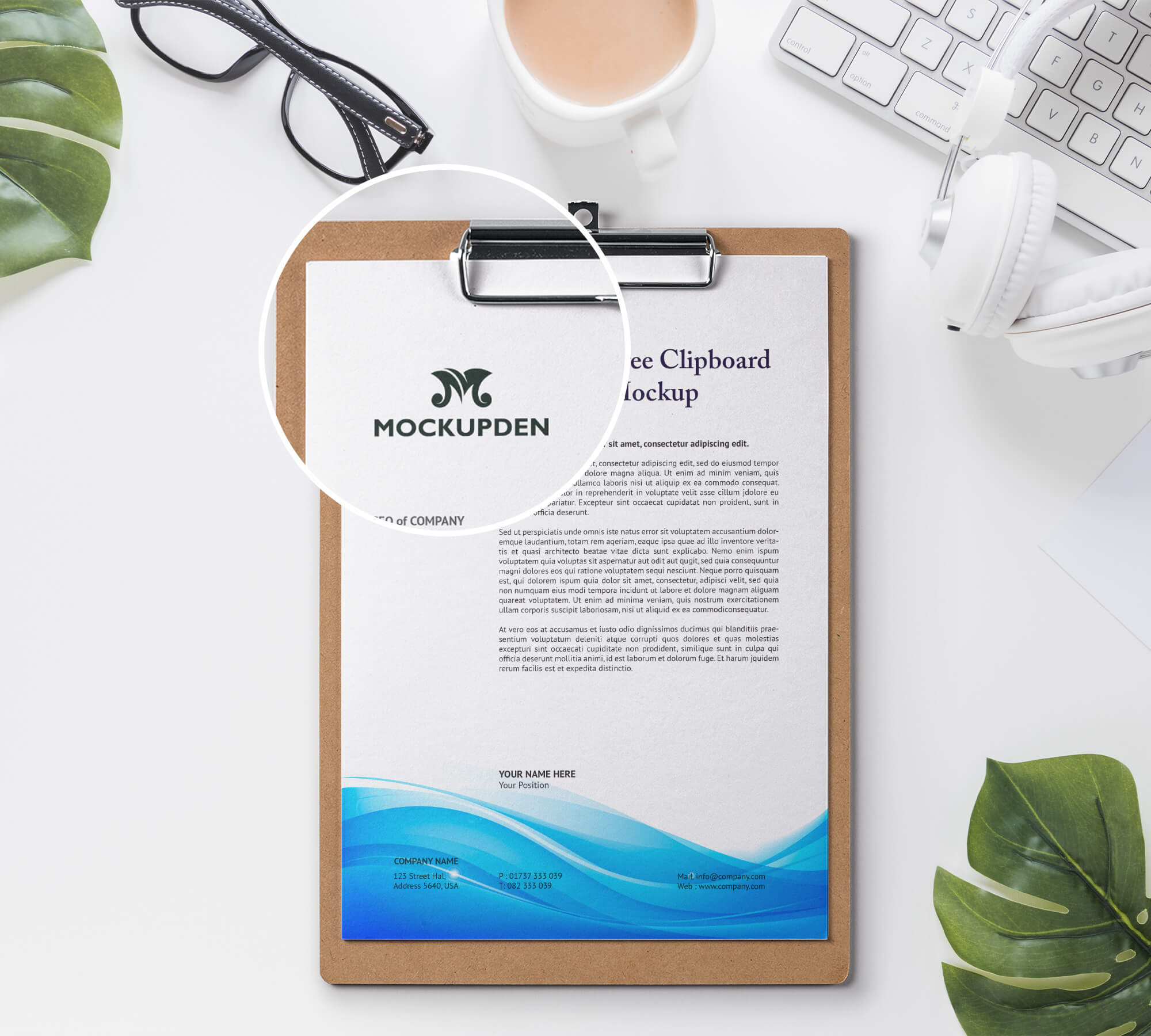 Close Up Of a Free Clipboard Mockup PSD Template