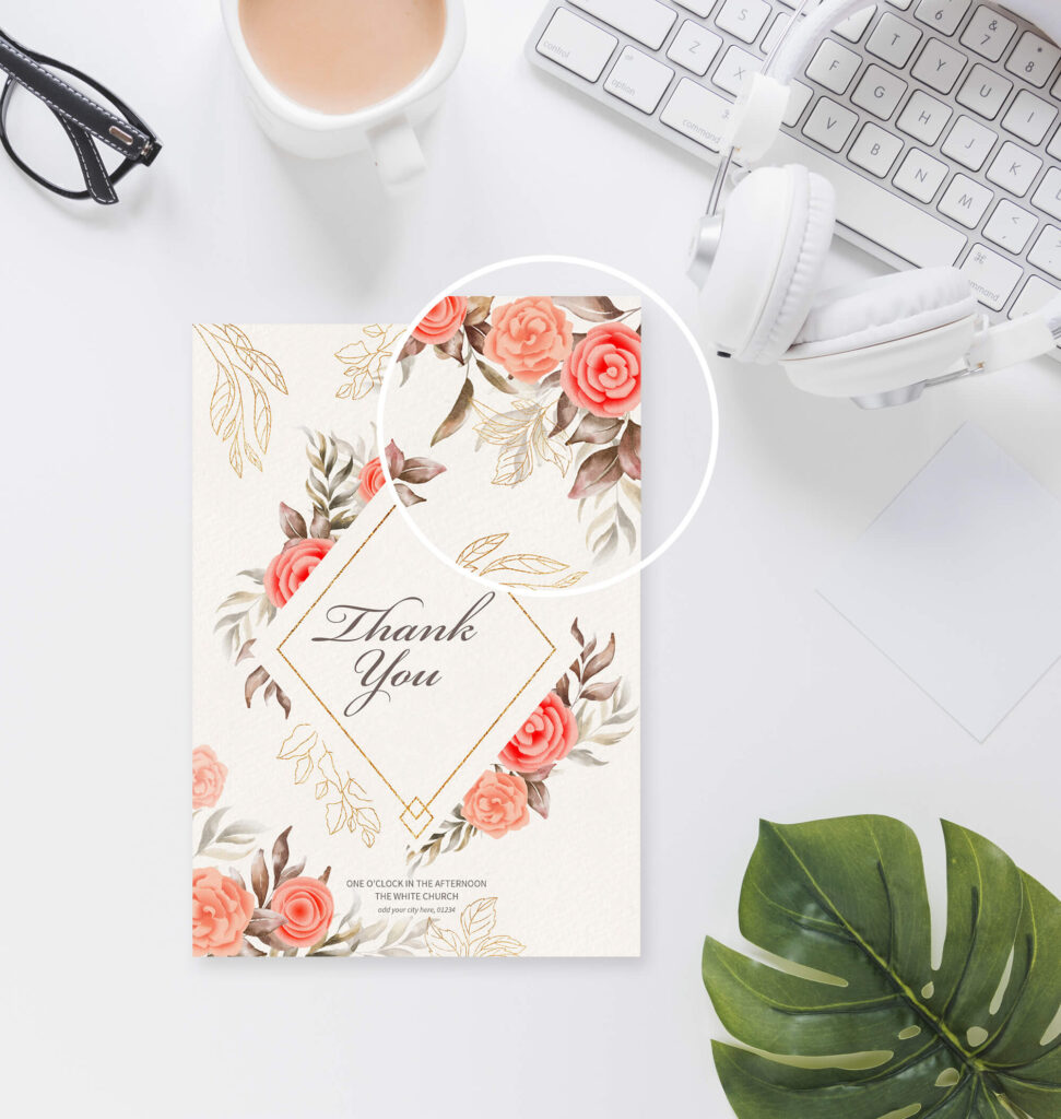 Close Up Of a Free Thank You Card Mockup PSD Template