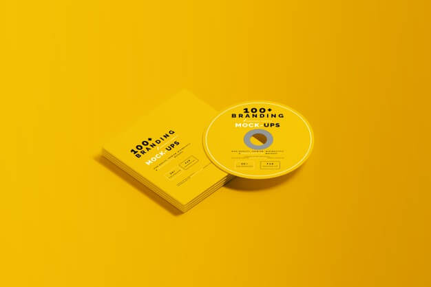 Close up on packaging of cd disk and sleeve mockup Premium Psd
