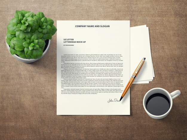 Signed document mock up Free Psd