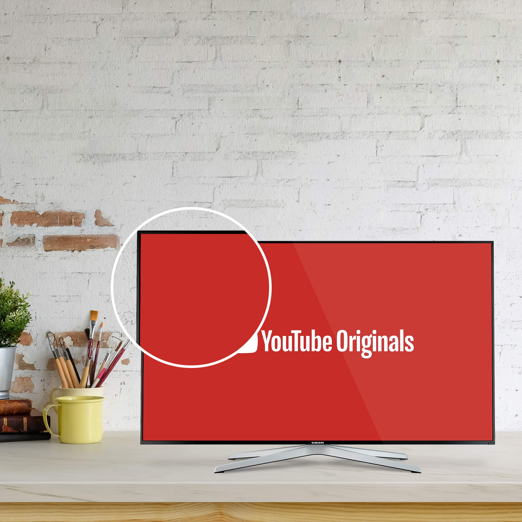 Close Up Of a Free YouTube Page Mockup PSD Template