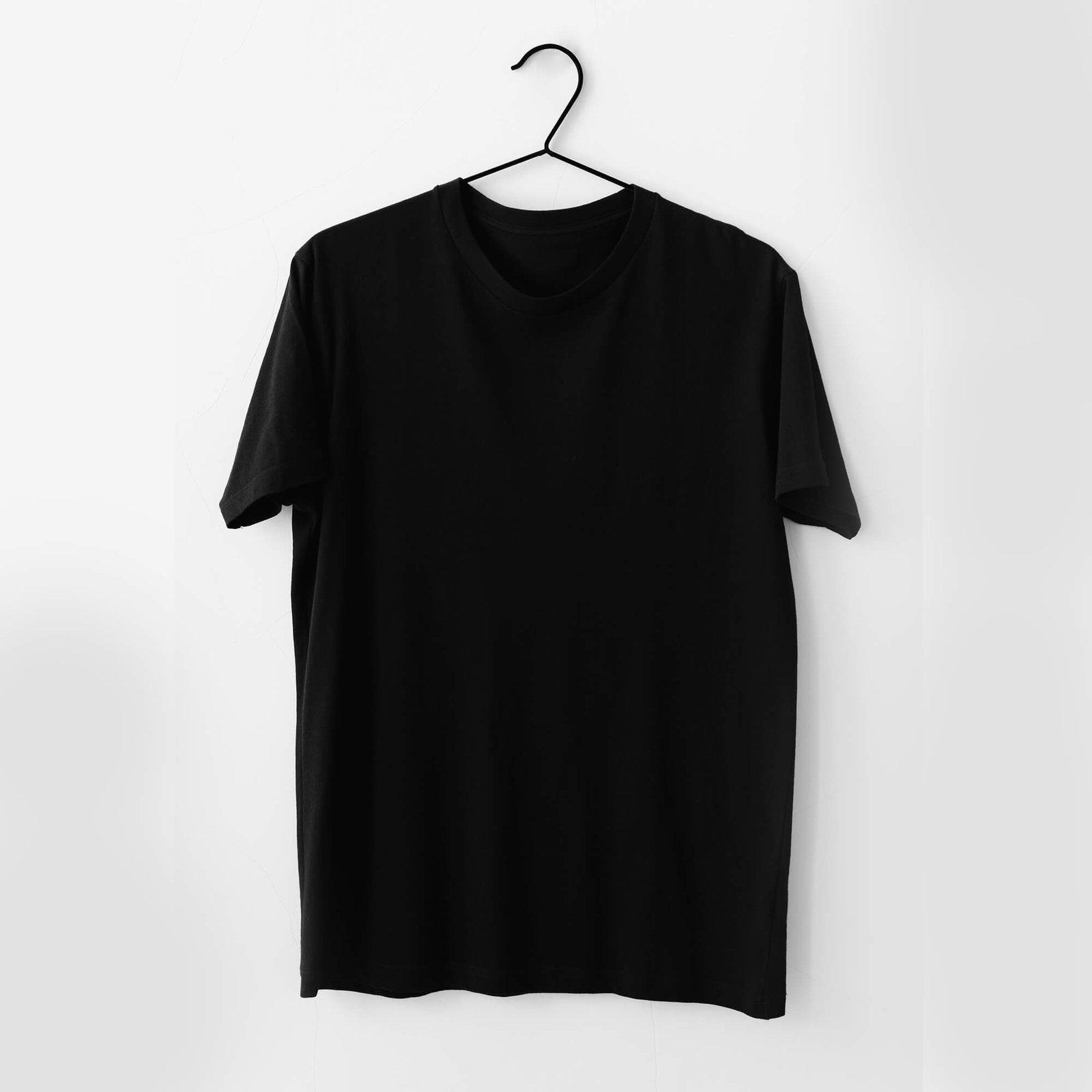 Blank Free Tee Shirt Mockup PSD Template (1)