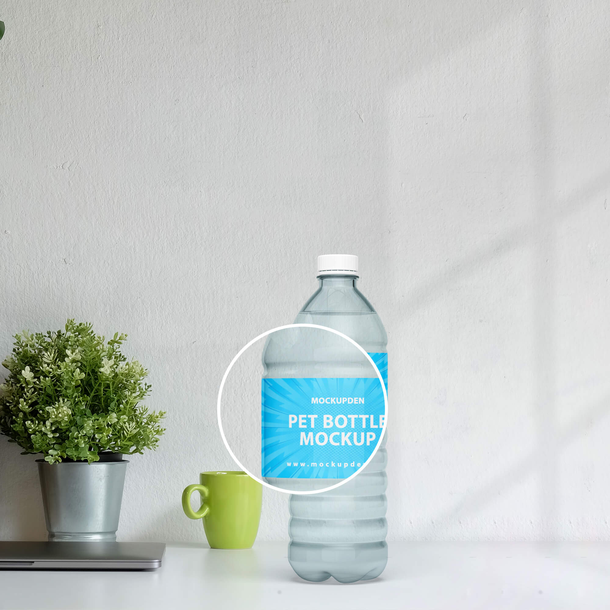 Close Up Of a Free Pet Bottle Mockup PSD Template