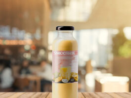 Free Smoothie Bottle Mockup PSD Template