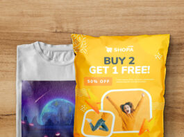 Free T Shirt Packaging Mockup PSD Template
