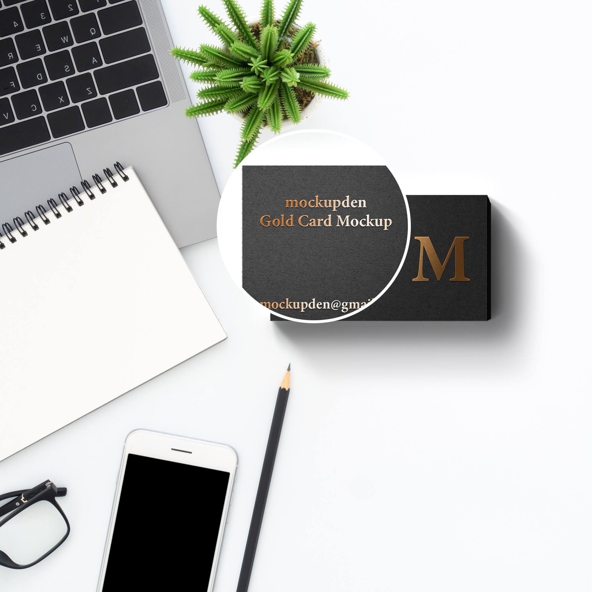Close Up Of a Free Gold Card Mockup PSD Template