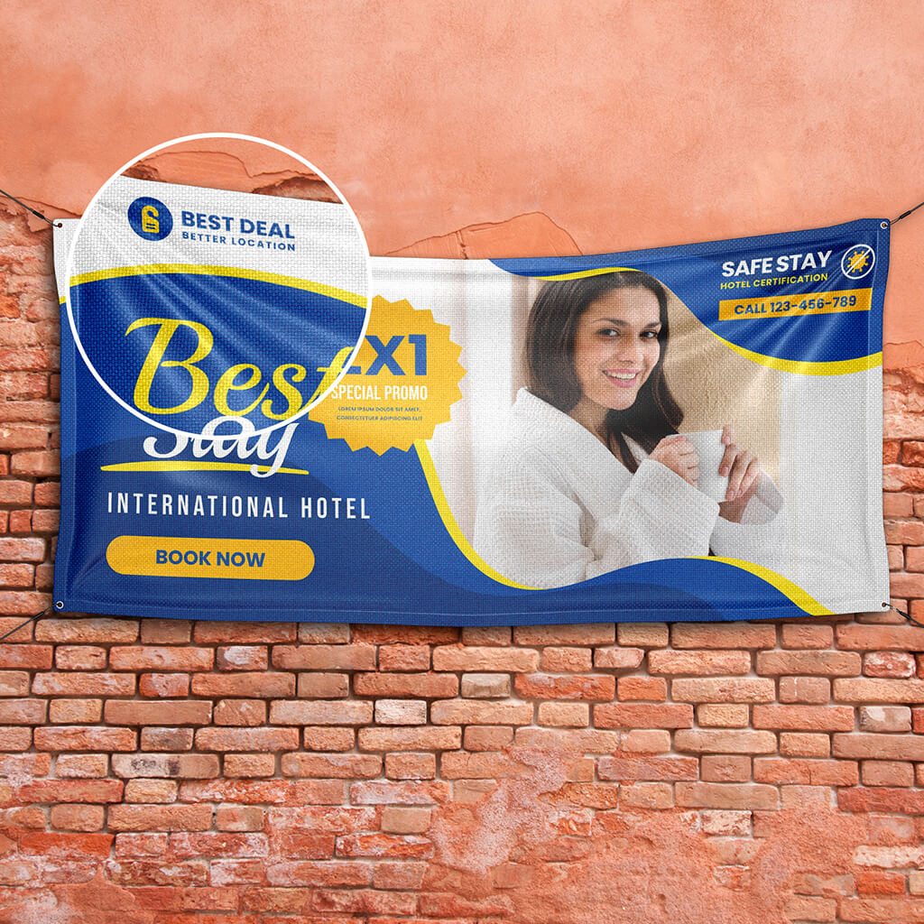 Close Up Of a Free Outdoor Banner Mockup PSD Template