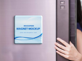 Free Magnet Mockup PSD Template (1)