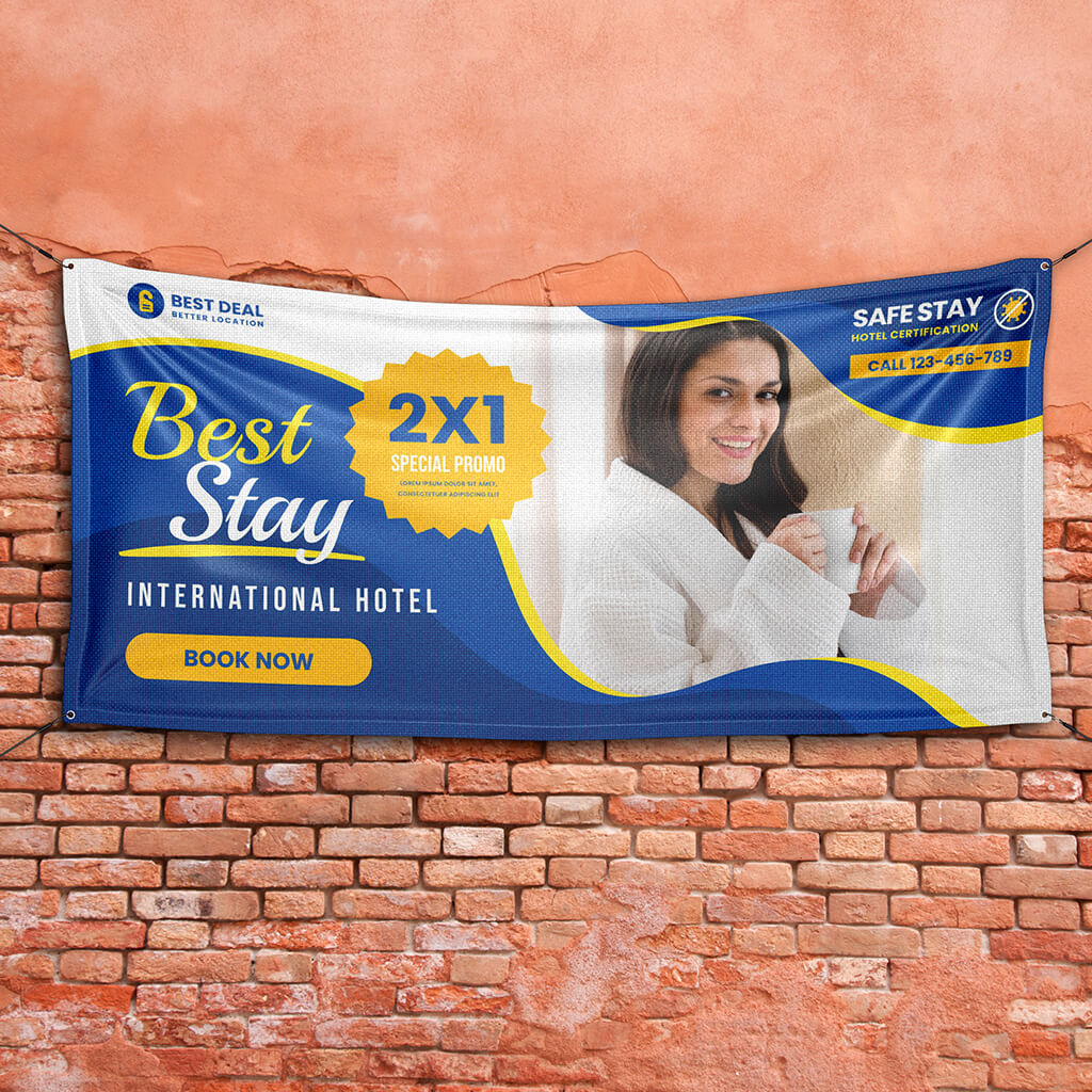 Free Outdoor Banner Mockup PSD Template